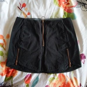 Hurley XS mini skirt